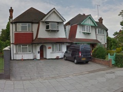 Detached D1 Building in Prominent, High Visibility Location – Golders Green, NW11