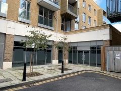 Prime D1 Opportunity, Virtual Freehold For Sale, With Parking – East London, E14
