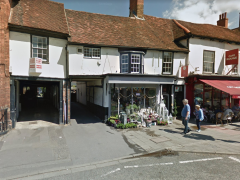Potential D1 Use, Prominent, Affluent, High St Location – Henley, RG9
