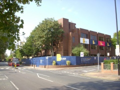 Large, Modern School, With Parking and Playground, For Sale/To Let – Isleworth, TW7