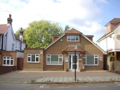D1 (E) Former Clinic, Forecourt Parking & Rear Garden, To Be Let – Isleworth, TW7